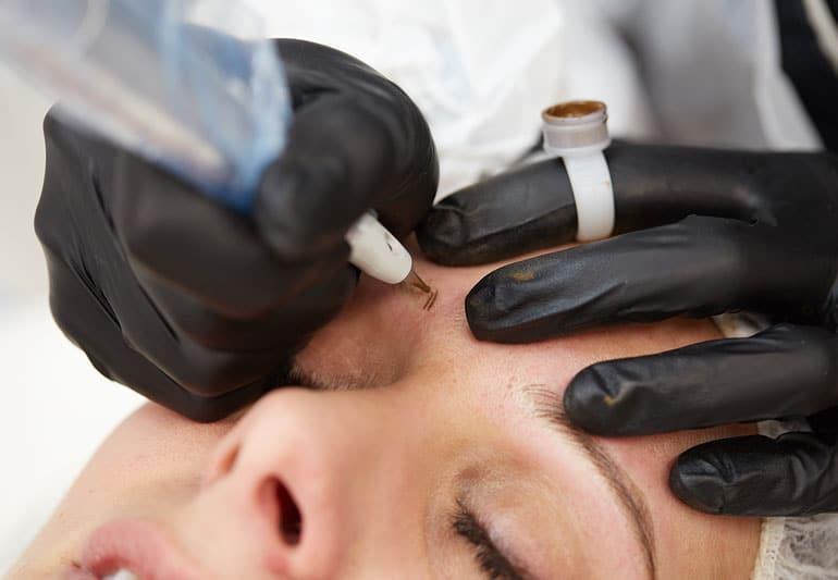 Et le maquillage permanent?